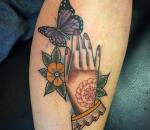 800c_hand-butterfly-flower